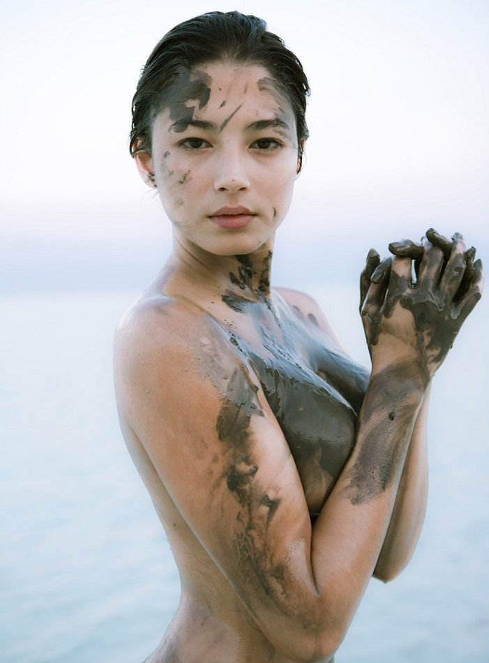 Jessica Gomes - Sports Illustrated Swimsuit 2008 ...