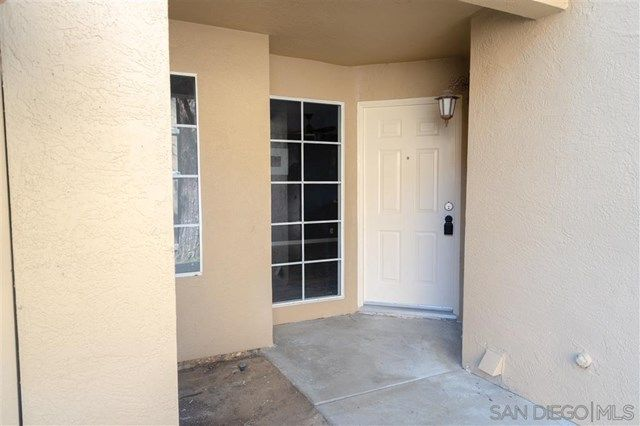 2600 7369 Calle Cristobal 207 San Diego Ca 92126 Features 2