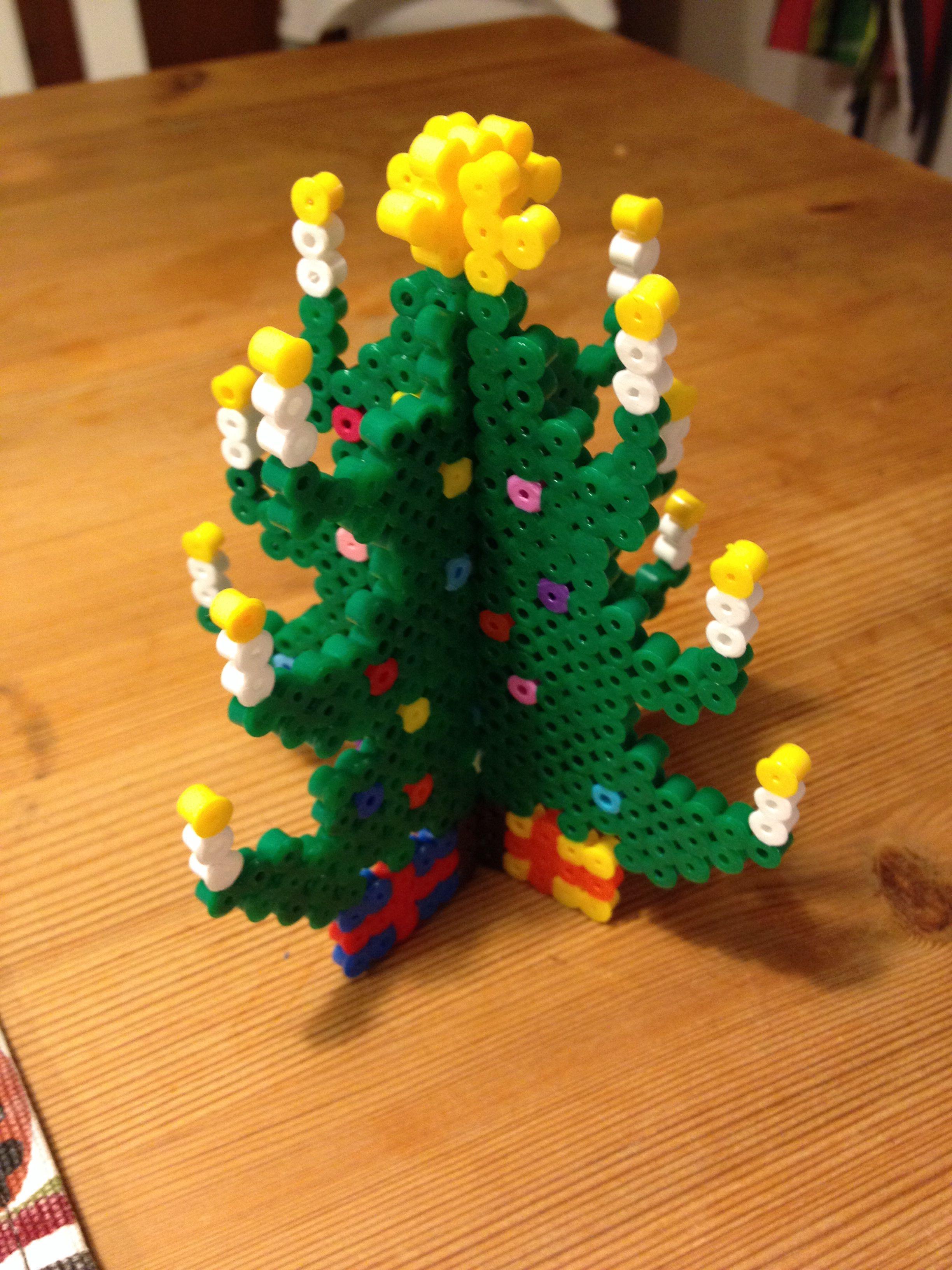 3D julgran i Hama pärlor