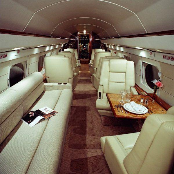 le jet priv de luxe en 50 photos jets jet priv avion priv jet. Black Bedroom Furniture Sets. Home Design Ideas