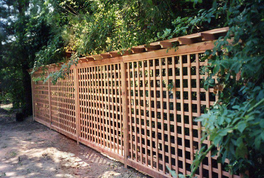 Cheap lattice fence ideas jays redwood fences custom for Cheap diy privacy fence