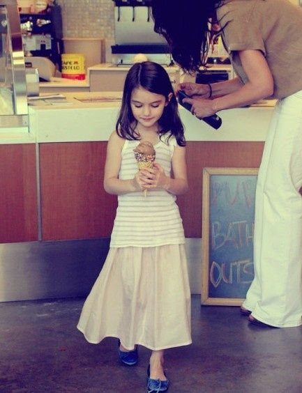 http://fashion9811.blogspot.com - Suri Cruise