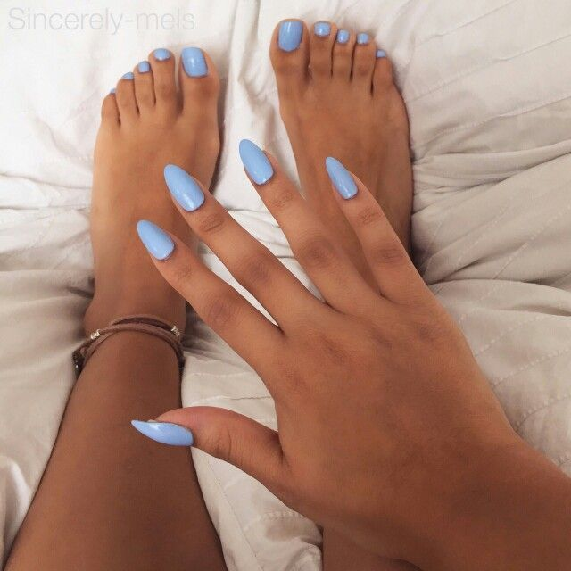 Sky Blue Almond Shaped Nails And Toes Acrylicnailsshort In 2019 Almond Acrylic Nails Gel