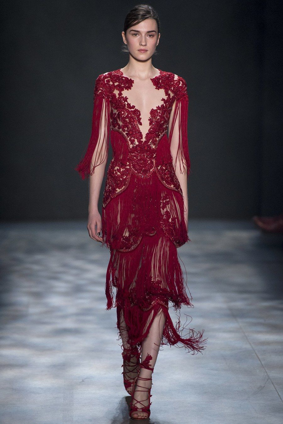 to wear - Fall marchesa runway review video