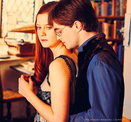 Love This Still Never Seen Before Photo At Least I Haven T Seen It But Love It Harry Potter Ginny Harry And Ginny Harry Potter Hermione