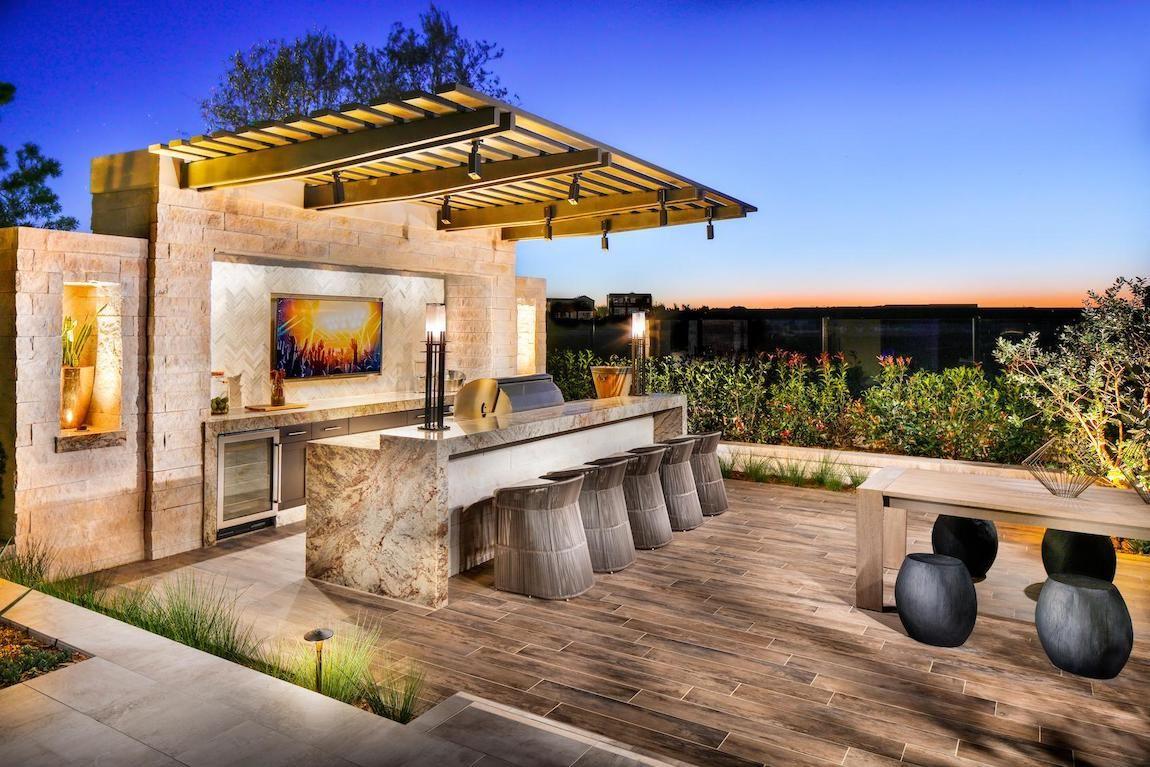19 Backyard Bars For The Perfect Happy Hour At Home Build Beautiful Luxurious Backyard Backyard Bar Backyard Patio Designs Modern backyard bar ideas