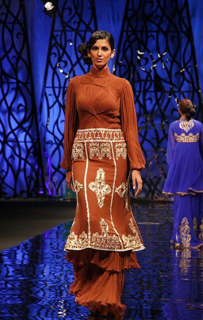 Marina fashion show dubai