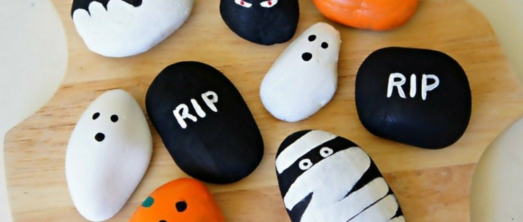 DIY Ideas Of Painted Rocks With Inspirational Picture And Words (1)
