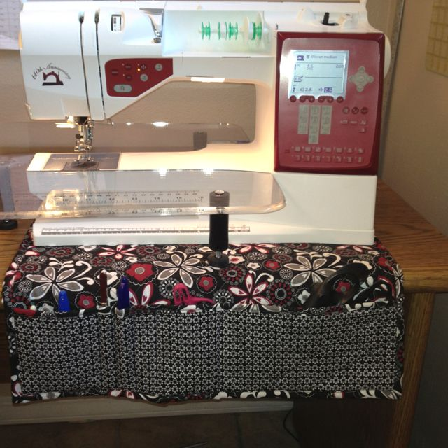 I made this to keep my sewing area clean!!!! What do u think, do u like it?