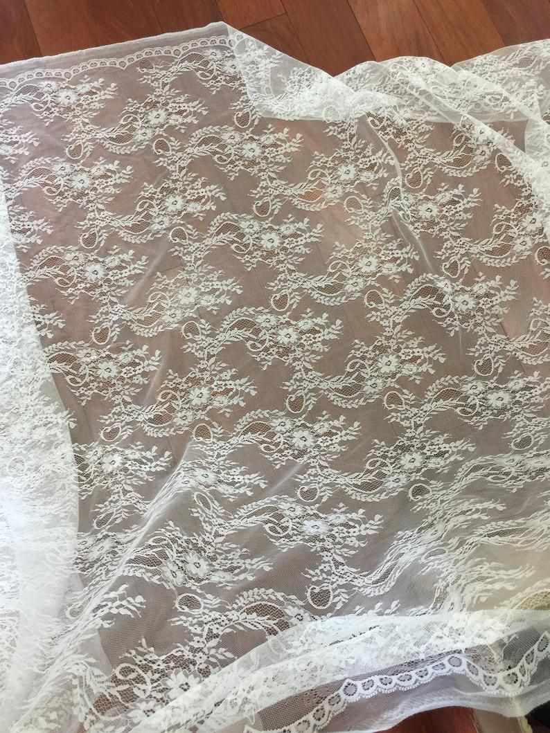 1 Yard Elegant Soft White Chantilly Lace Fabric by the ...