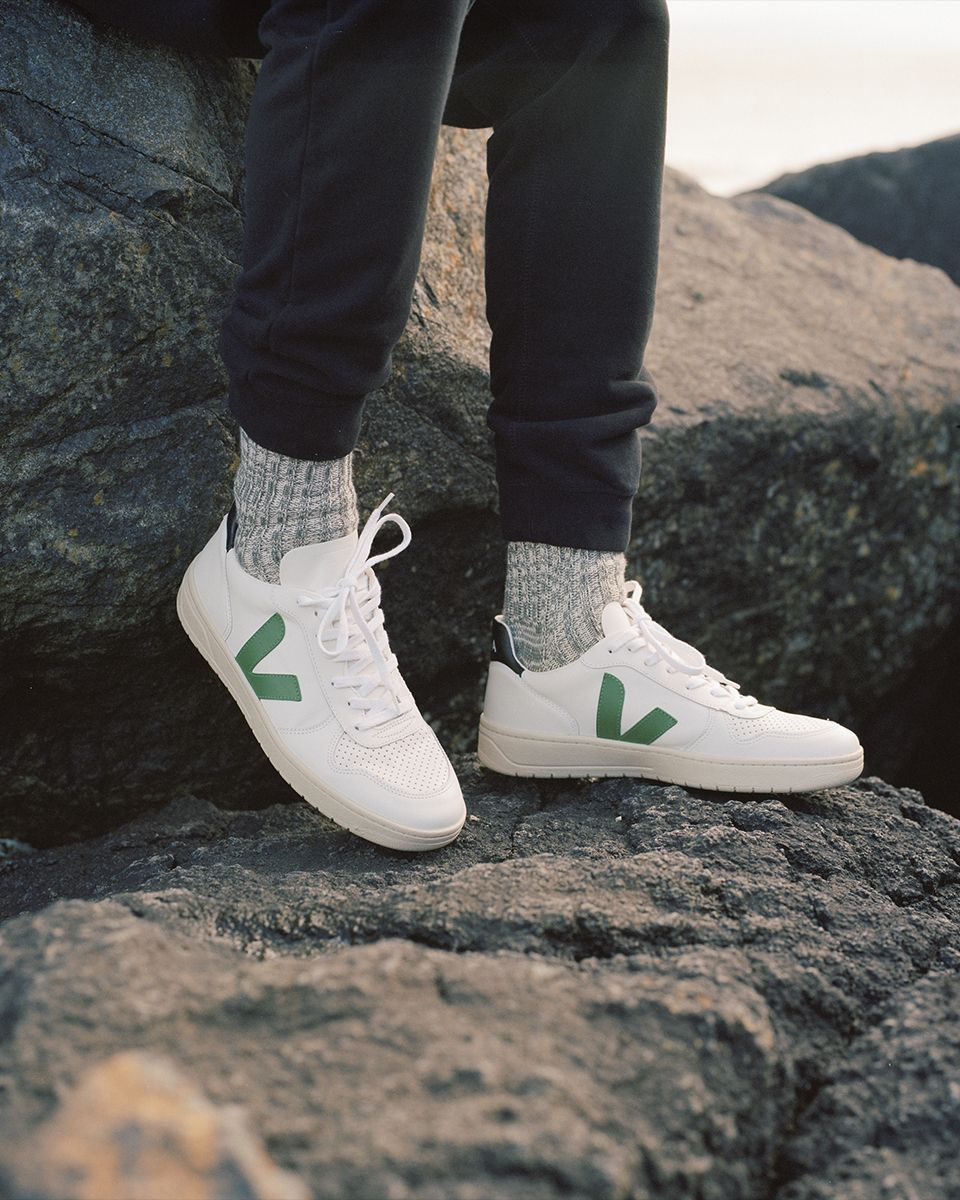 Mantenimiento pasos intimidad  VEJA - OFFICIAL ACCOUNT (@veja) • Instagram photos and videos | Sneakers  outfit men, Streetwear men outfits, Sneakers men fashion