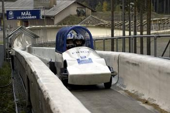 A spectacular ride on the Lillehammer' bobsleigh track which goes up to 110 km/h and delivers 4G in the fast cornering! What an exitement!