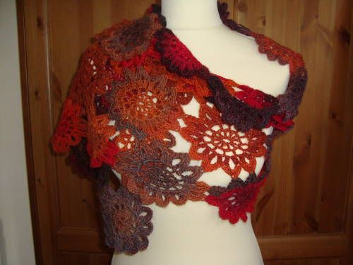 I would have your baby for this shawl...oh my my too gorgeous  Japanese Flower Motif Shawl - CROCHET