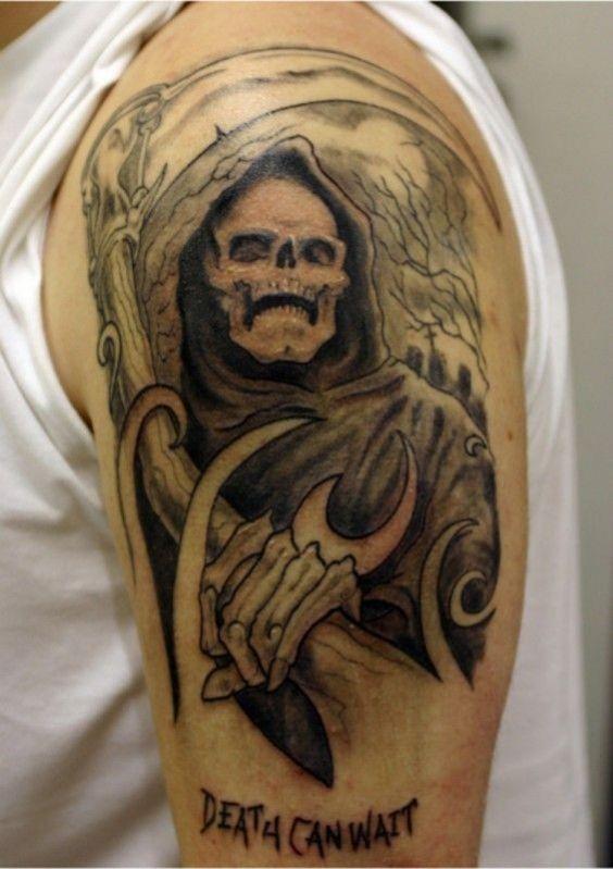 Tatouage de faucheuse sinistre sur la moiti de la manche tattoo pinterest moiti - Tatouage la faucheuse ...