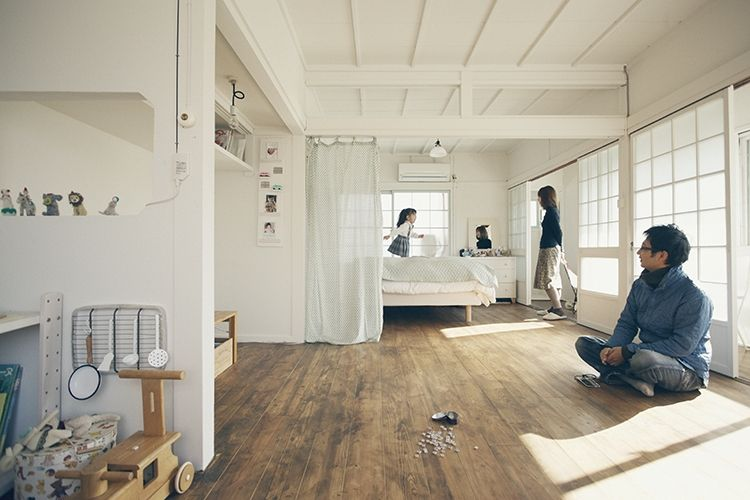 天井も柱も長押も障子も真っ白に 白く塗る はシンプルかつ効果絶大