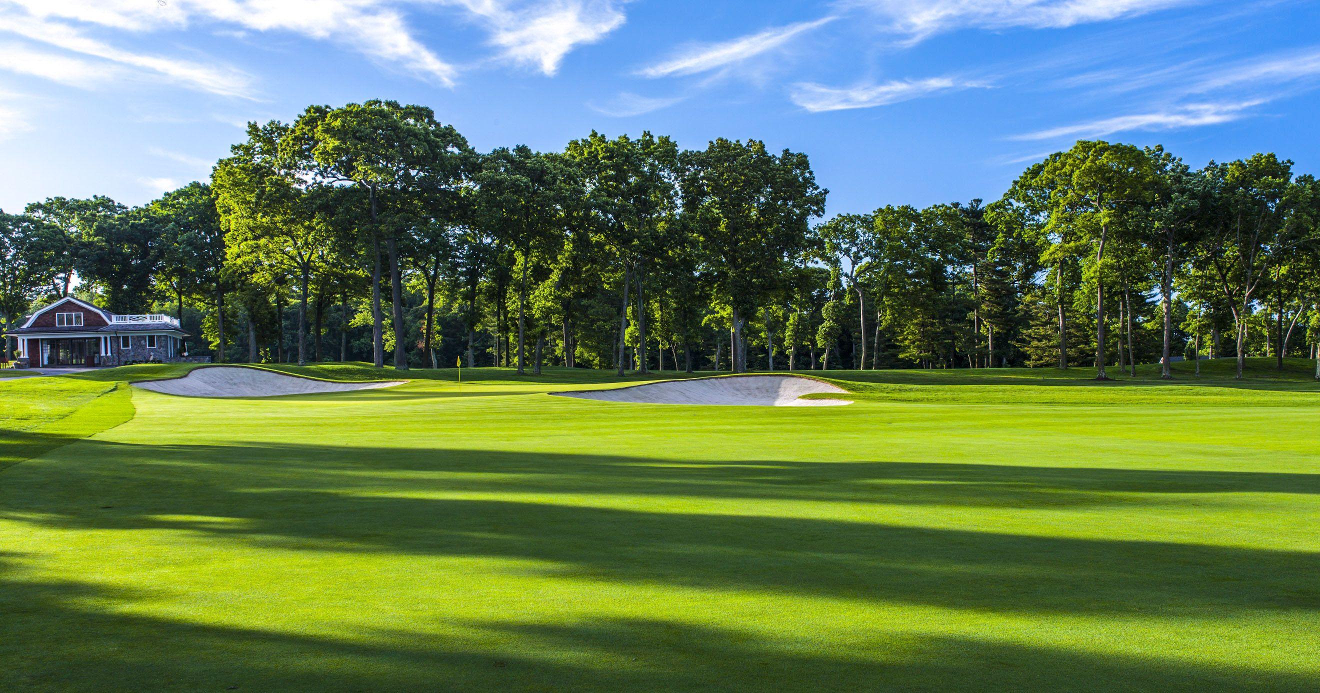 The Northern Trust At Glen Oaks Club In Old Westbury New York Golfcourseoftheday Rock Bottom Golf Rockbottomgolf Golf Clubs Golf Club Grips Golf