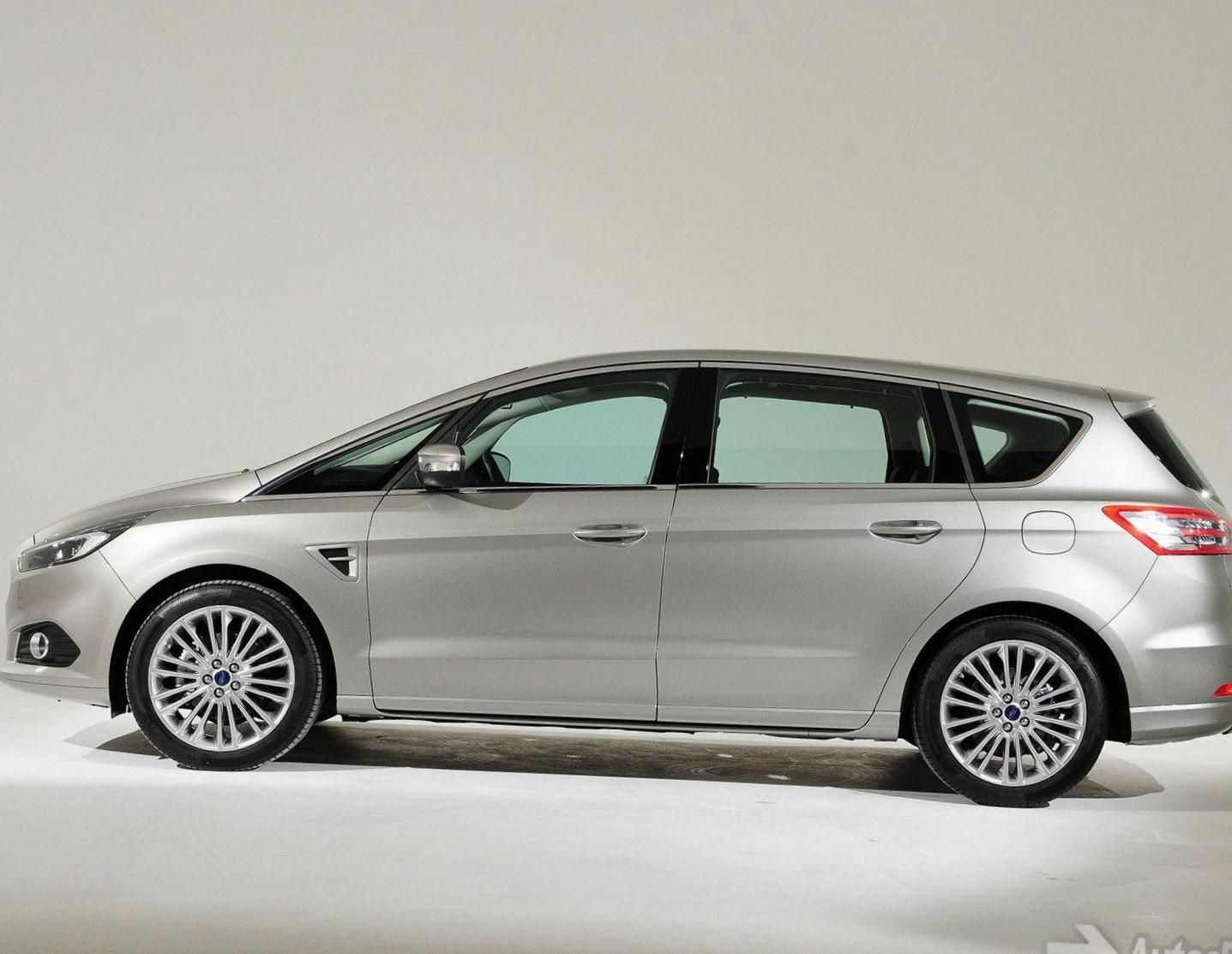 Ford ford s max