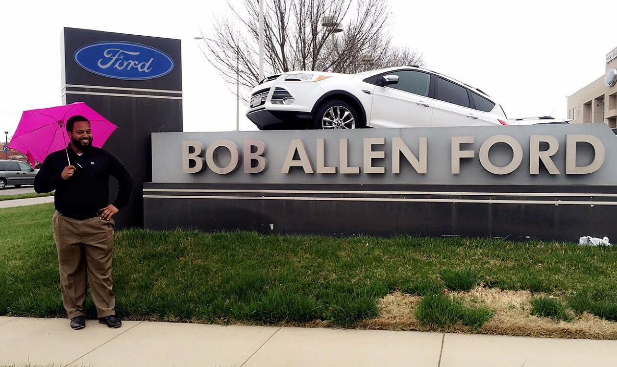 Rain or shine, here at Bob Allen there will be a smile every time!    913-381-3000  boballenford.com   9239 Metcalf  Overland Park, KS 66212