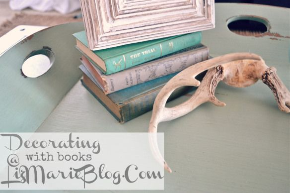 14 Ways to Decorate Your Home With Books | Crafts a la mode
