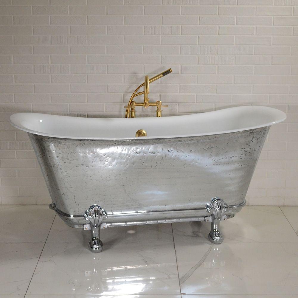 The Charroux Vm Cl Freestanding Cast Iron Chariot Clawfoot Tub