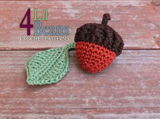 Fall Acorn pattern by 4Lil Beans at Da's Crochet Connection