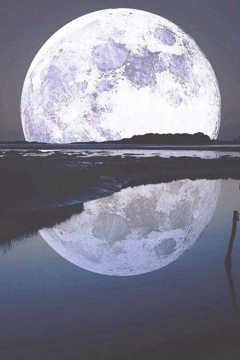 Imagen de moon, night, and water
