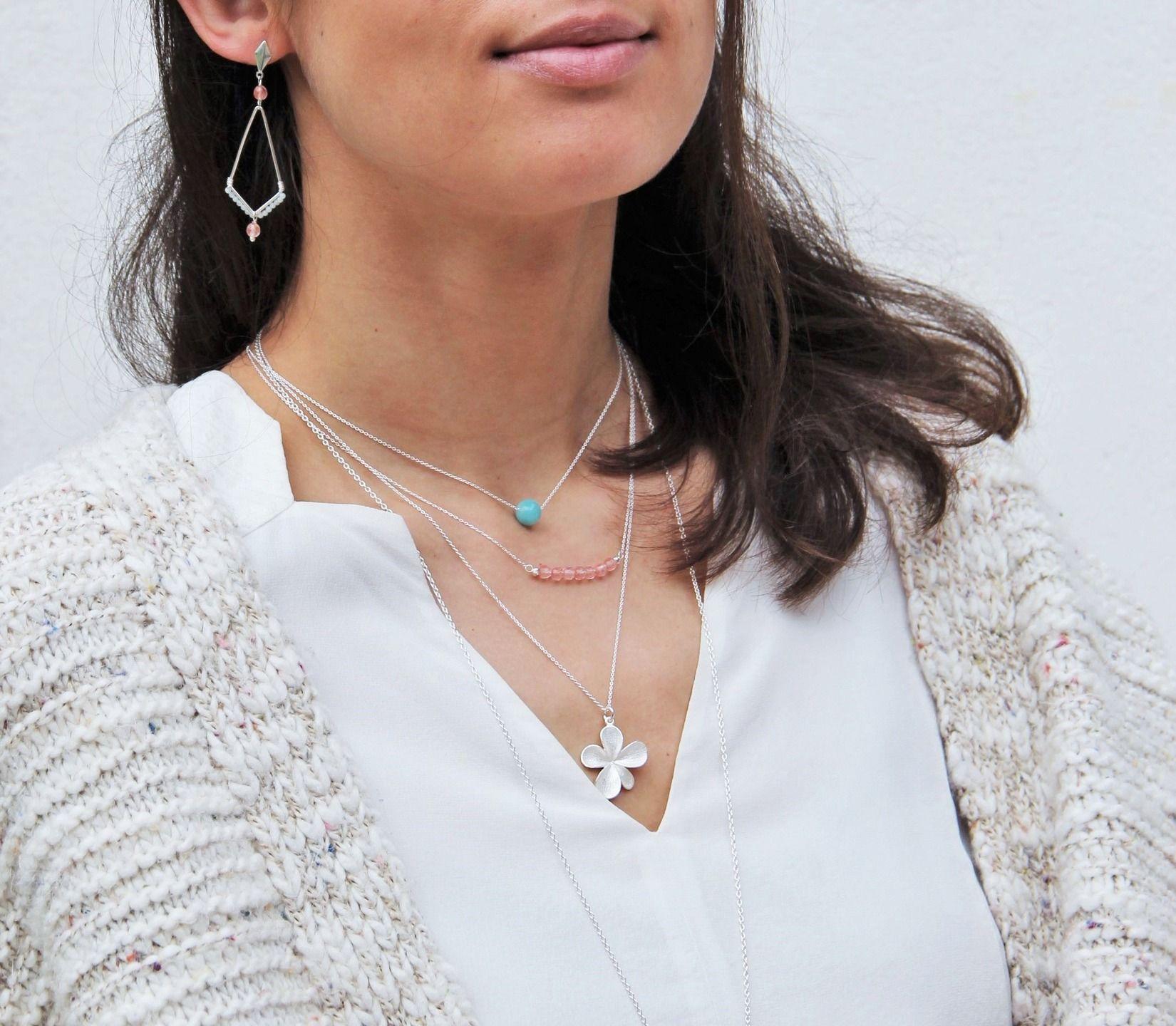 Collier fleur en argent massif 925, pétale, bijou fin, idée cadeau, minimaliste by Myo jewel Artisanat, bijoux de créateur fins made in France