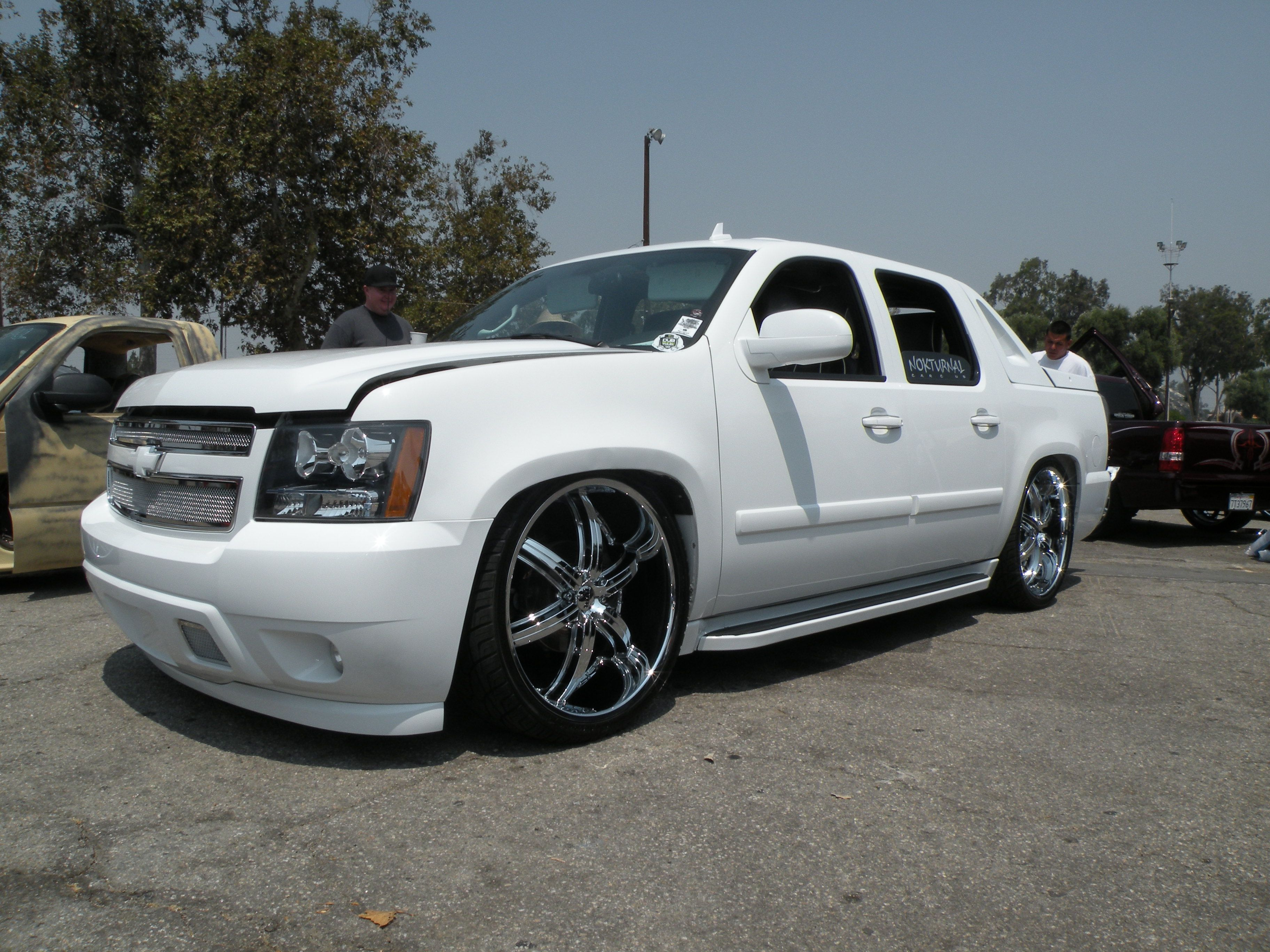 Best 25 Chevy avalanche ideas on Pinterest  2007 suburban 2007