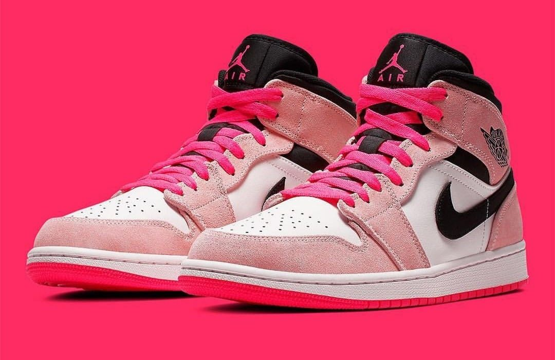Air Jordan 1 Mid bubble gum pink | Trainers in 2019