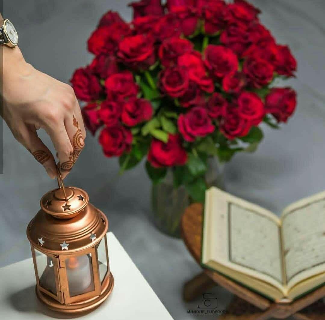 يد الله فوق يدي فوق قلبي فوق كل مانشعر به الله أكبر من كل كبير داخلنا Ramadan Decorations Muslim Festivals Beautiful Flowers Wallpapers