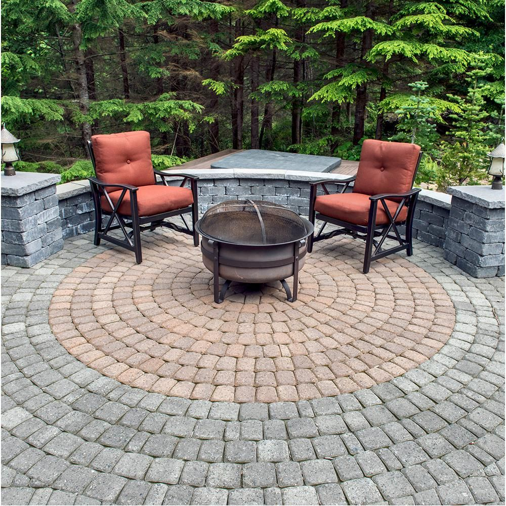 Mutual Materials 83 52 In X 83 52 In X 2 375 In Cascade Blend Concrete Old Dominion Paver Circle Kit Pv060odcrcam The Home Depot In 2020 Patio Pavers Design Circular Patio Backyard Patio Designs