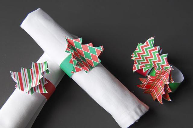 20 Festive Christmas Table Decorations To DIY: DIY Christmas Tree Napkin Rings