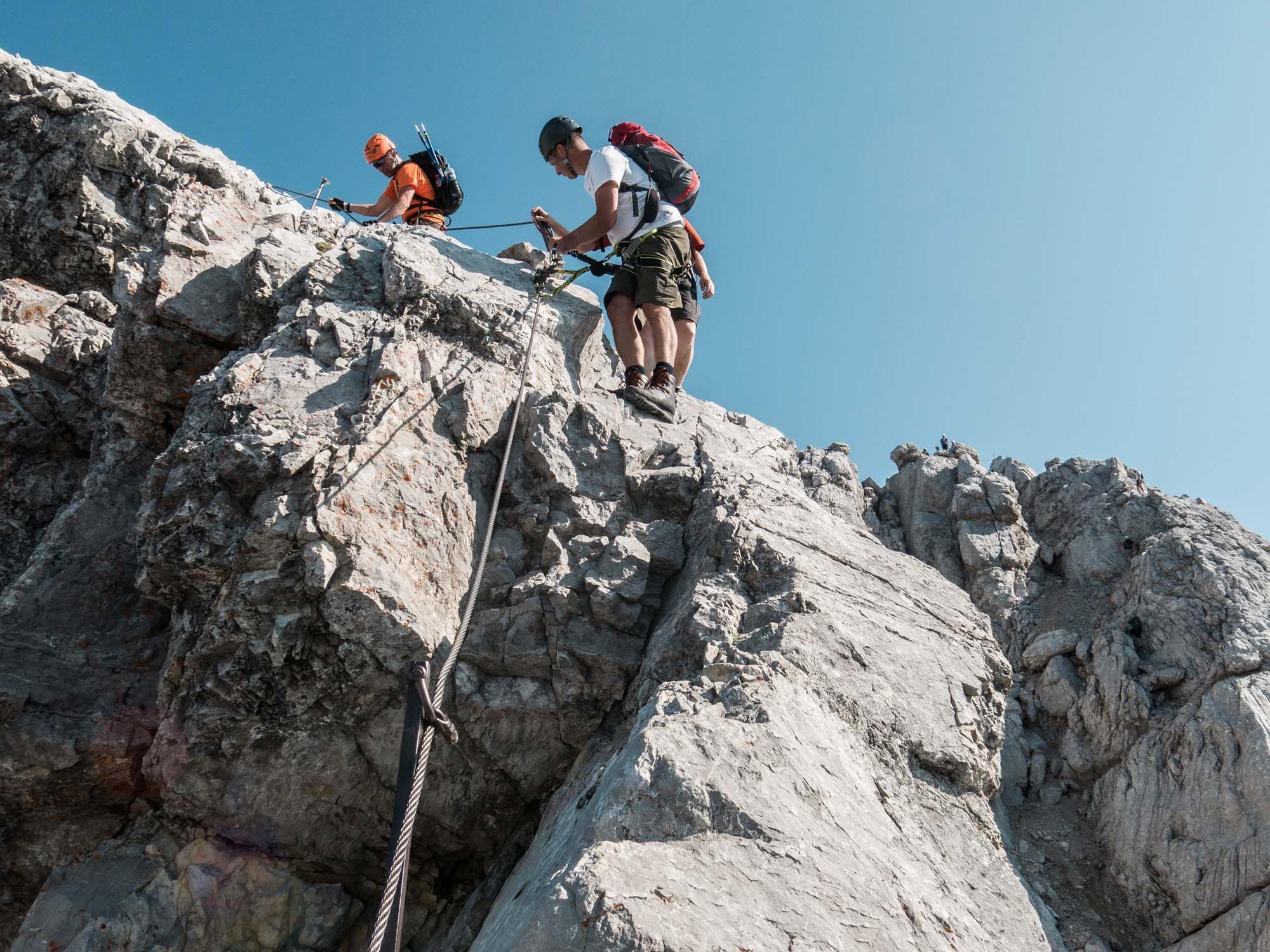 Klettersteigset Watzmann : Fuer die watzmannueberschreitung ist ein klettersteigset notwendig