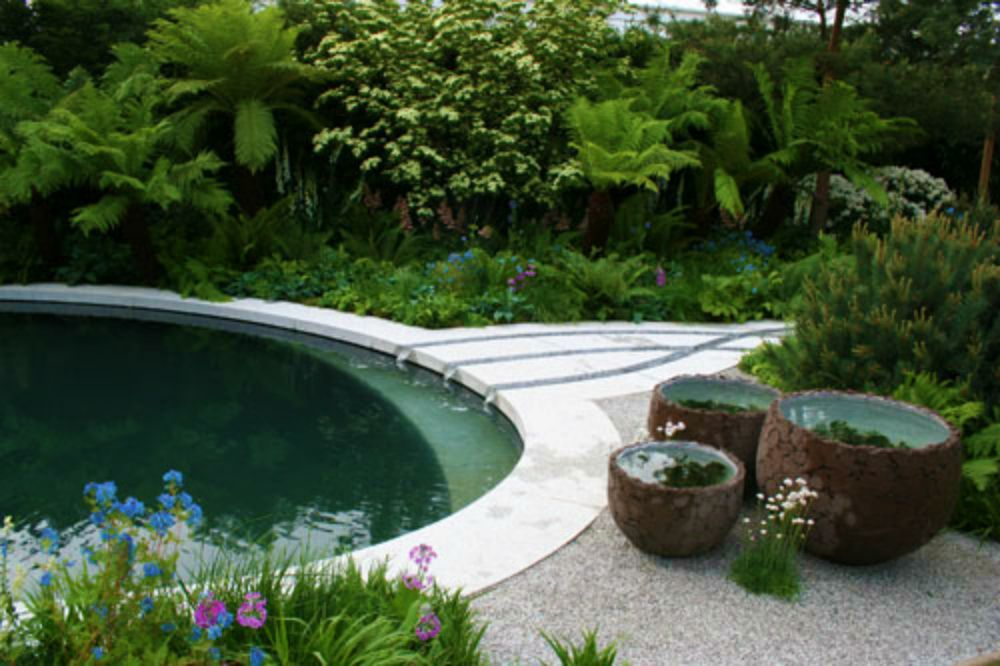 Pretty Little Garden Pool Memorial Garden Swimming Pools Garden Pool