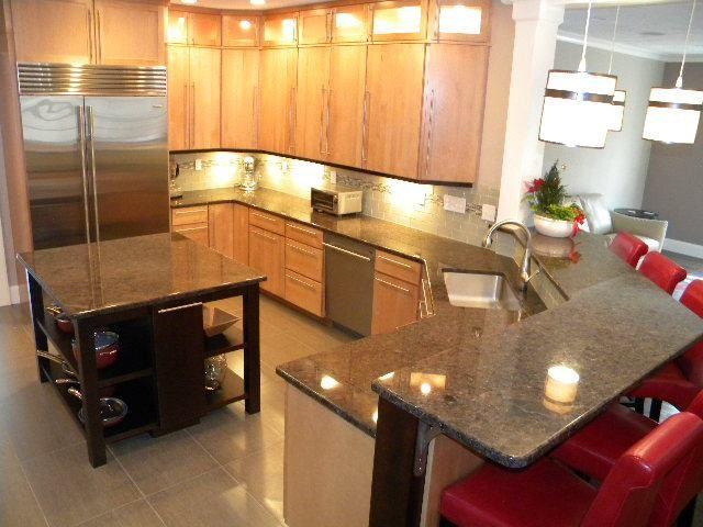 Labrador Antique Granite Kitchen Countertops Shrewsbury Ma Kitchen Cabinets And Countertops Granite Kitchen Granite Countertops Kitchen