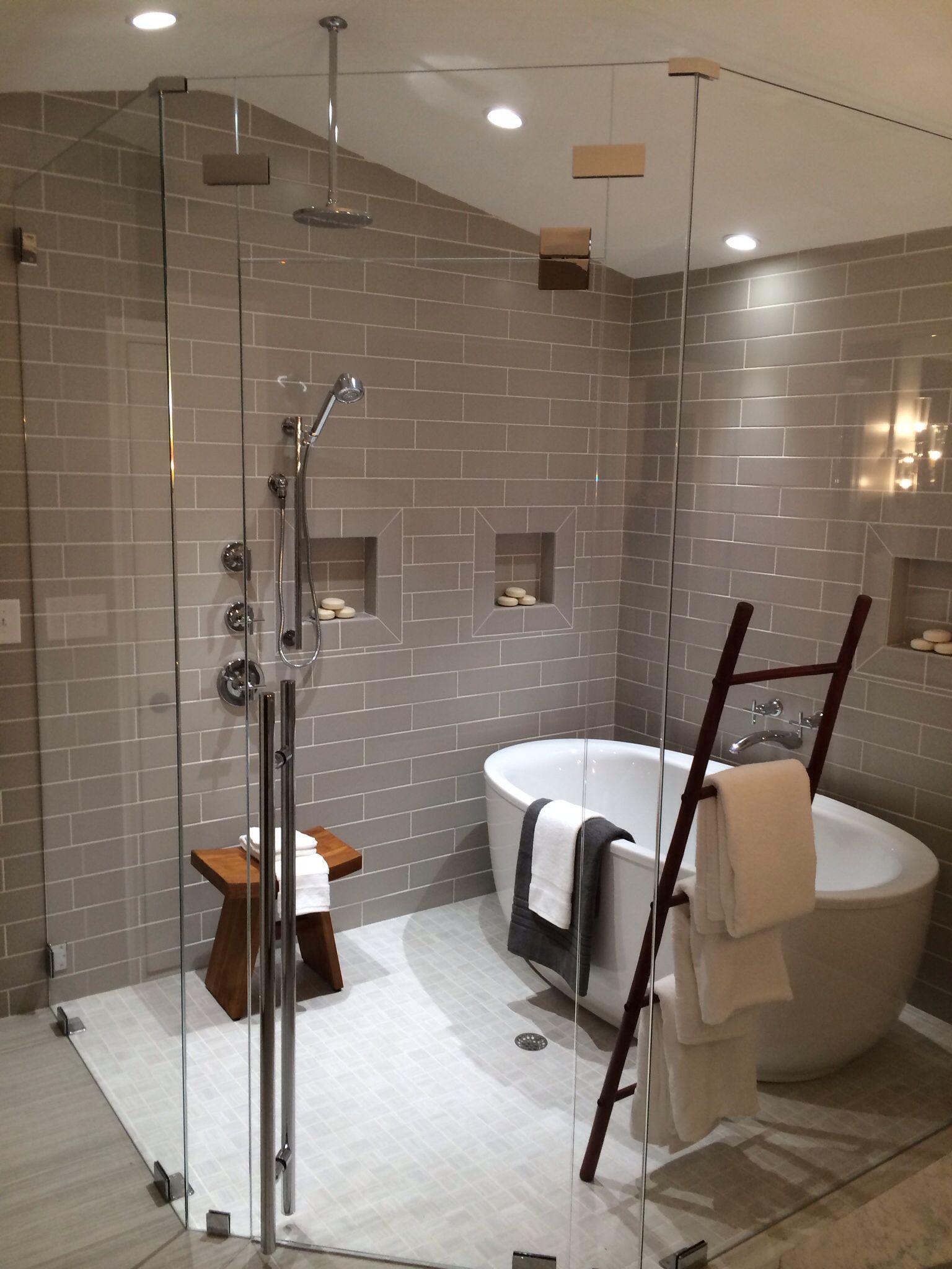 48 Ladder Handle In Polished Chrome Shower Door Handles Bathroom Design Concepts Wet Rooms