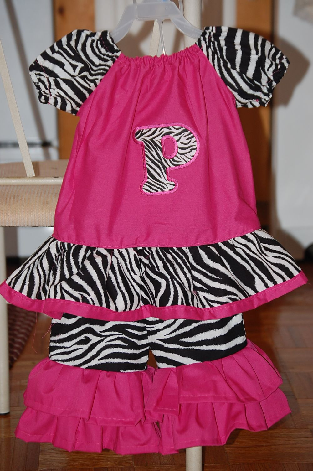 Zebra & pink capri set