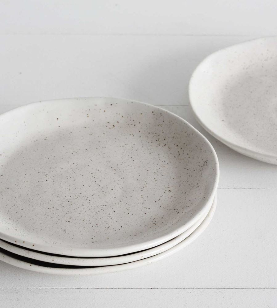 From Robert Gordon\u0027s Earth range these beautiful side plates moulded into organic shapes are the perfect dinnerware for special occasions or entertaining. & Robert Gordon   Earth Side Plate   Natural   Side plates Cafe style ...