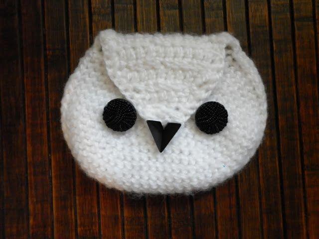 Little crocheted owl -purse