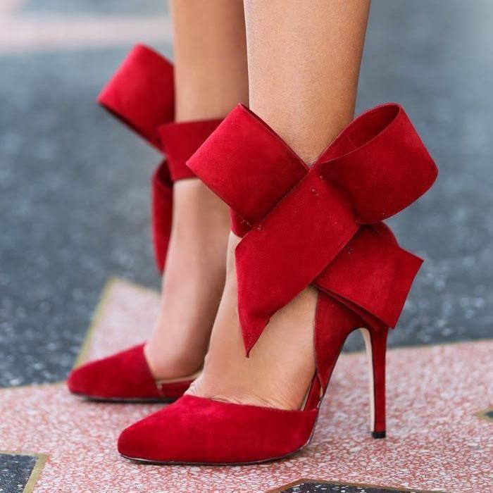 talons hauts rouge boucle souliers de Noë