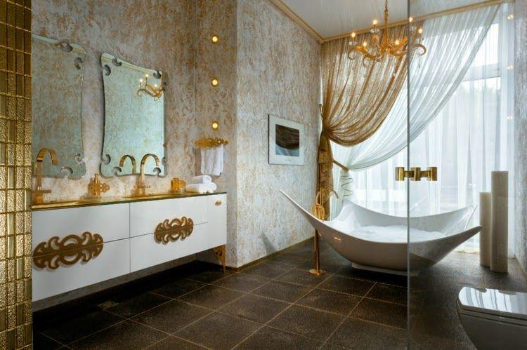 Klassieke badkamer met bijzonder bad klassiek badkamer