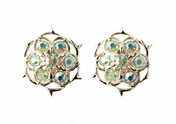 Sarah Coventry Lime Light Aurora Borealis Rhinestone Clip On Earrings #sarahcoventry #limelight #auroraborealis #rhinestone #earrings #clipon #vintagejewelry #estatejewelry #costumejewelry #statement #accessories #jellevintage #etsy