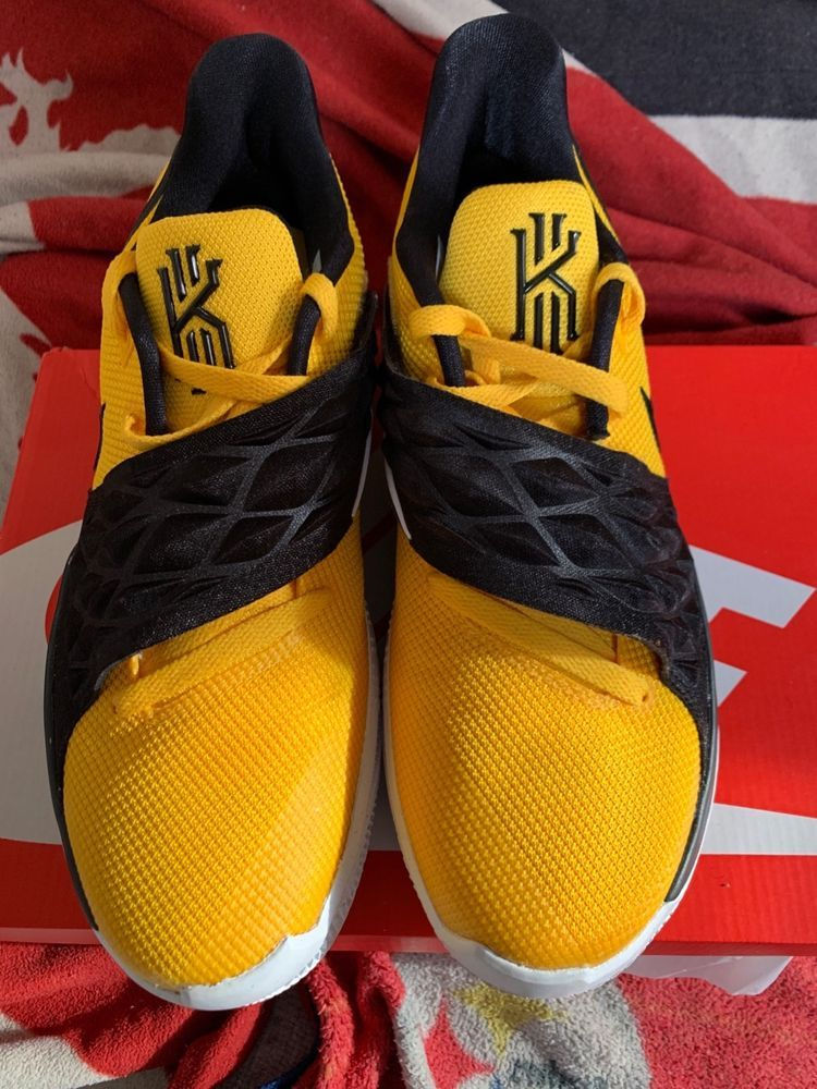 b73d19684d0dd Nike Kyrie Low 1 Amarillo Black Yellow Irving Basketball Men's ...