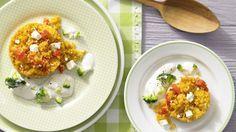Konfetti-Couscous mit Rahmgemüse | Zeit: 30 Min | http://eatsmarter.de/rezepte/konfetti-couscous-rahmgemuese