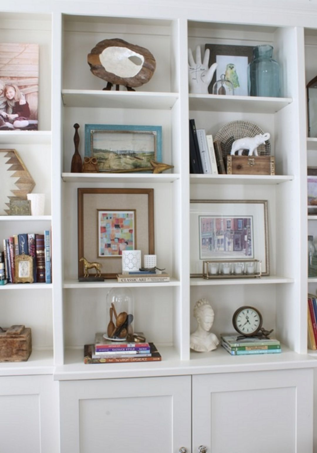 15+ Attractive Bookshelf Decorating Ideas On A Budget - Impressive
