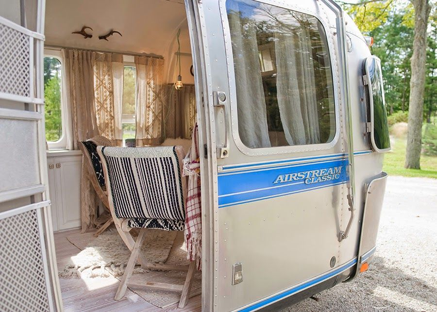 une caravane r tro r nov e pinterest caravana caravana retro y casa sobre ruedas. Black Bedroom Furniture Sets. Home Design Ideas