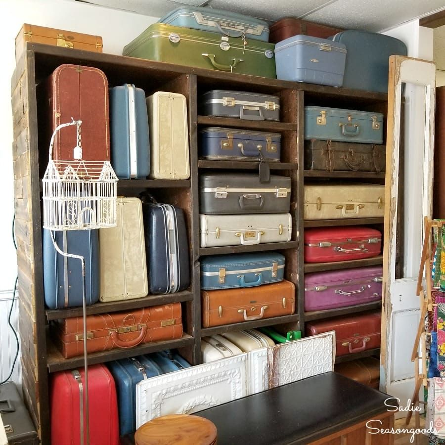 Charleston Sc Antique Stores Thrift Stores And Architectural Salvage In 2020 Used Furniture Stores Antique Stores Vintage House