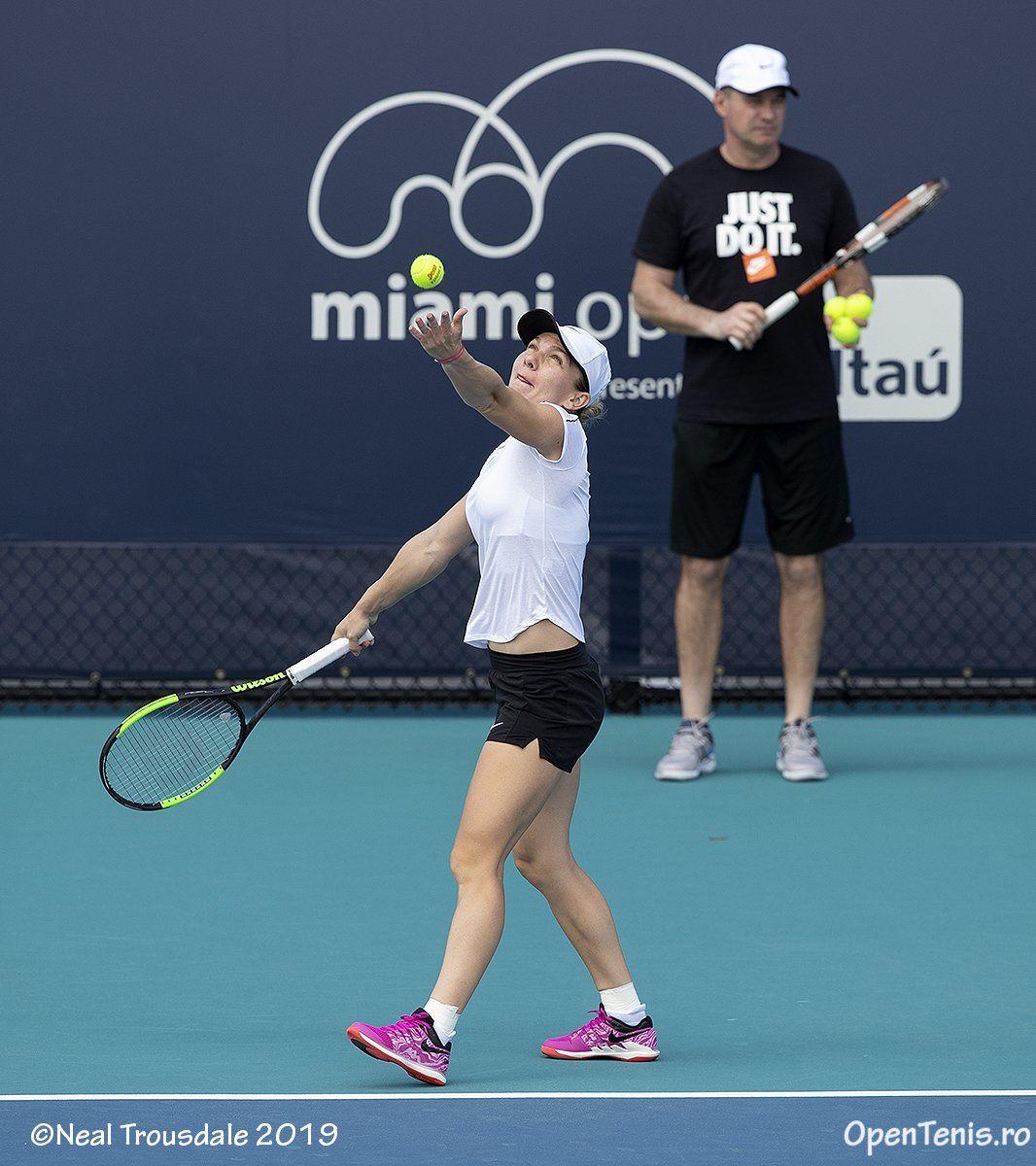Simona Halep practicing in miami open 2019, tennis drills