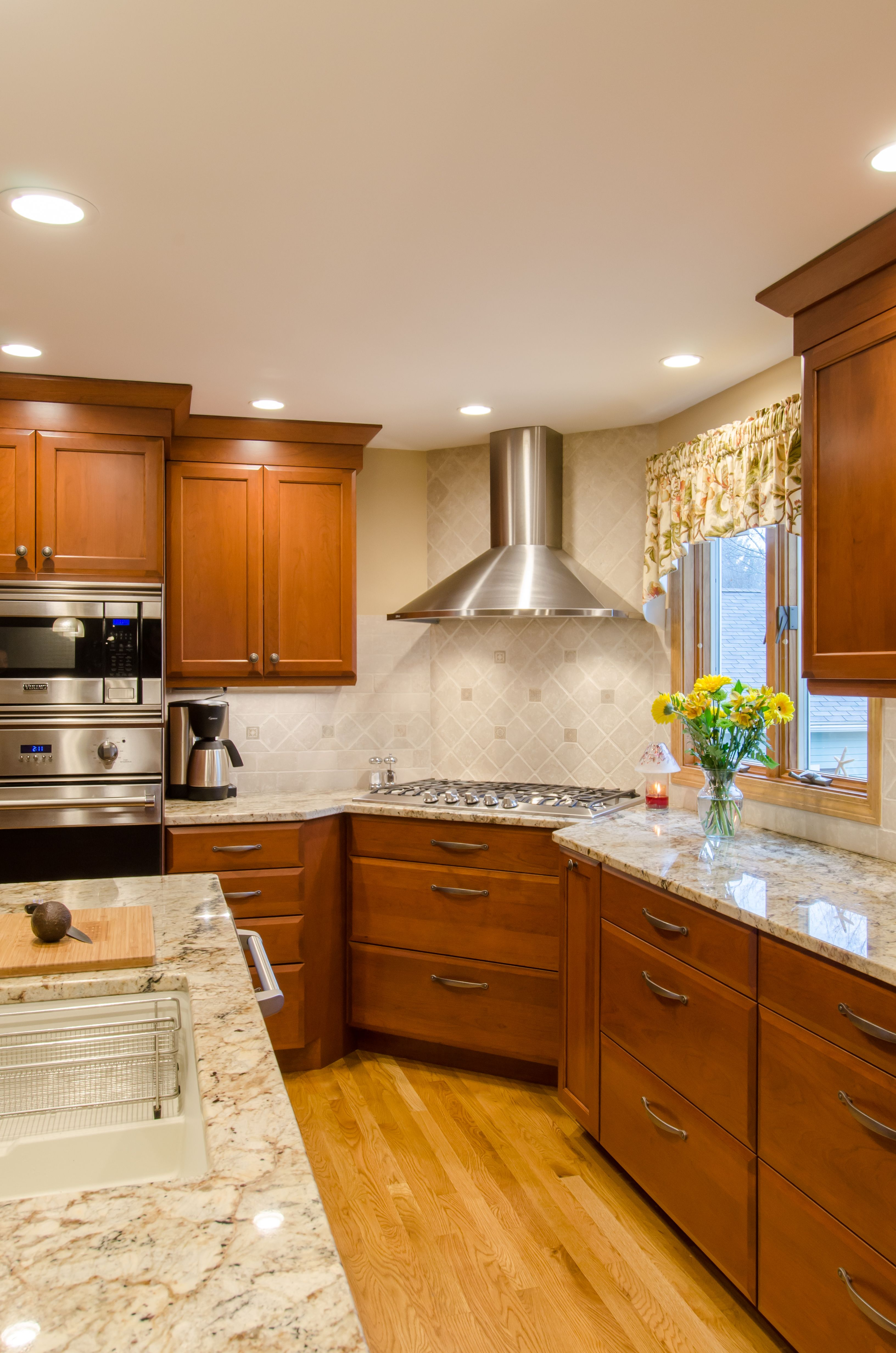 Shaker Cabinetry Stained Cherry Shaker Cabinetry Granite