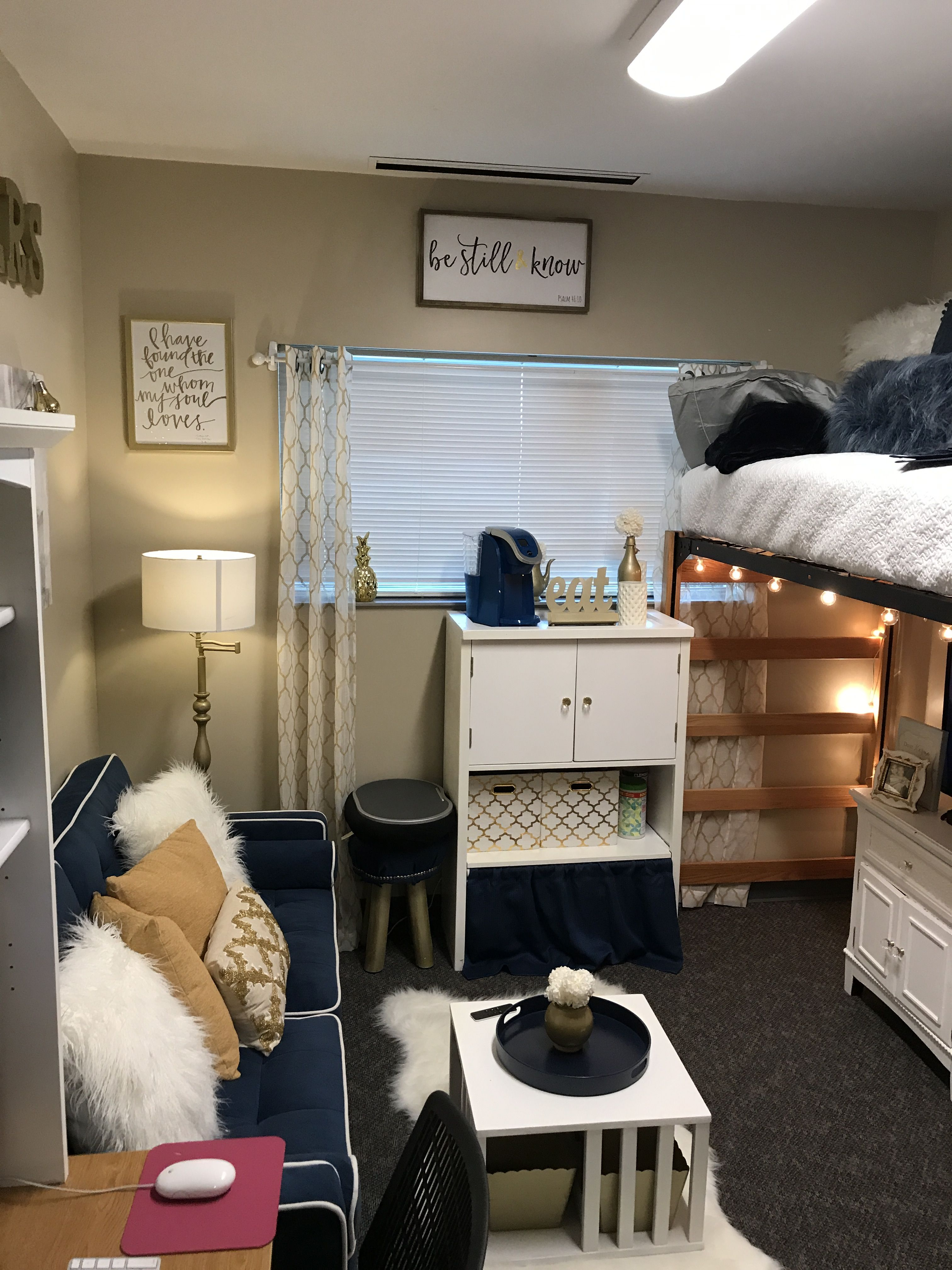 Cool dorm rooms loft beds ideas decorations bedroom designs also best dorms images in diy for home rh pinterest